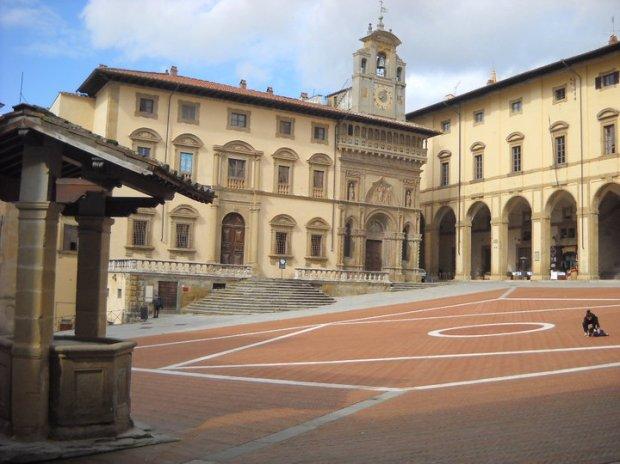 Piazza del Vasari Arezzo