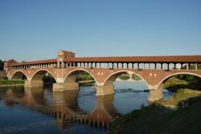 Ponte Coperto a Pavia in Italia