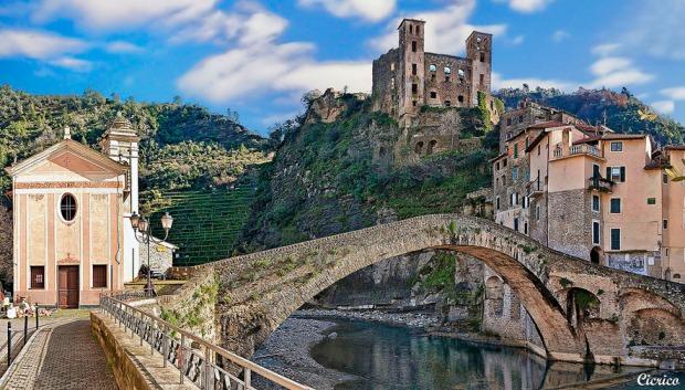 Ponte di Dolceacqua  Liguria