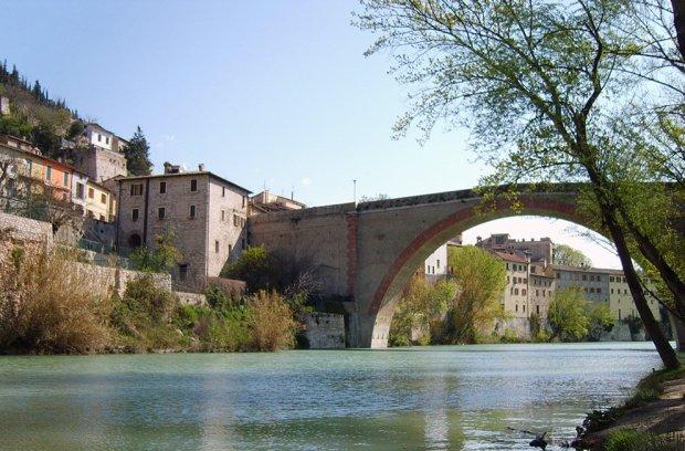 Marche Ponte della Concordia