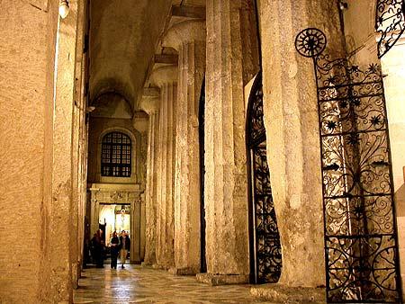 Colonne del Tempio di Atena ad Ortigia Siracusa